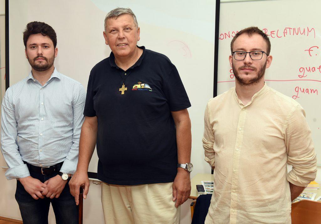 Petar Ušković Croata, don Josip Krpić i Marijan Vodopija / Snimio Marko GRACIN