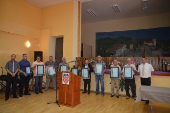 Dobitnici općinskih priznanja Brod Moravica za 2021. godinu / Foto Marinko Krmpotić