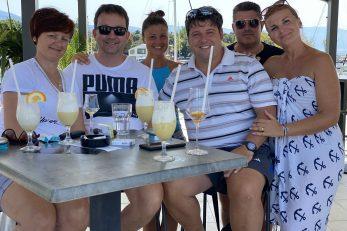 Uživaju u druženju sa »susjedima« s gata i s ljubaznim osobljem - obitelj Baša / Foto A. PERIČIĆ