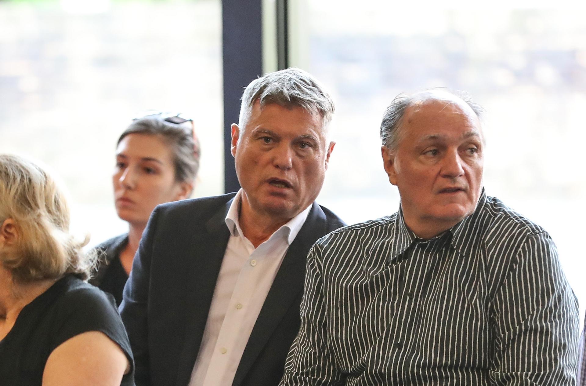 Miroslav Lazanski (u sredini) / Foto: Robert Anic/PIXSELL