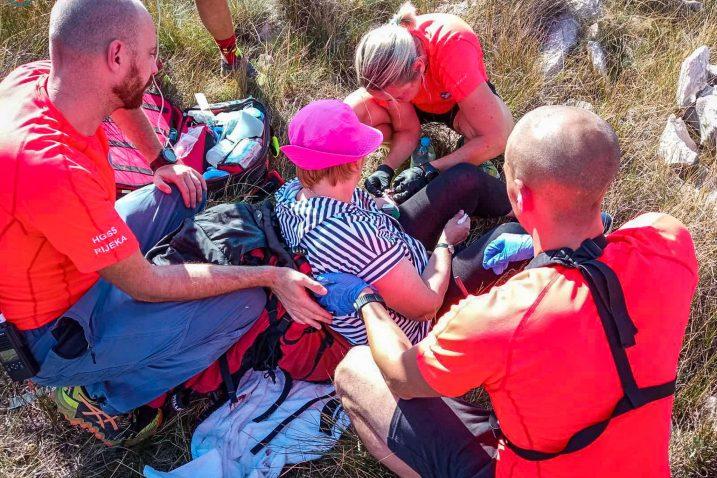 Spašavanje ozlijeđene žene na otoku Krku / Foto HGSS