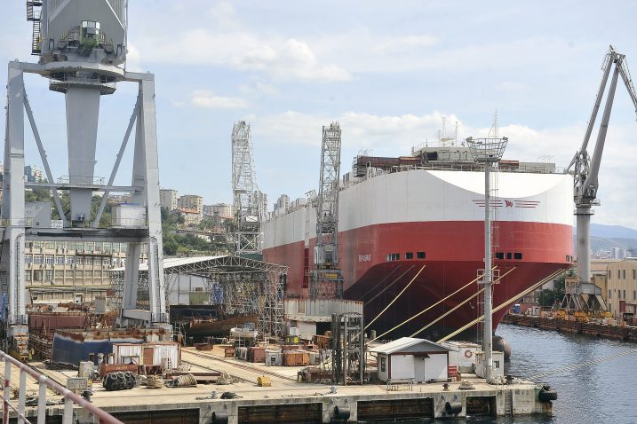 Brod je oglašen za licitaciju po minimalnoj cijeni od 39 milijuna eura / Foto Arhiva NL