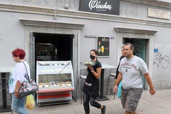 Raznoliku ponudu sendviča nudi i »Pincho's bar« / Foto VEDRAN KARUZA