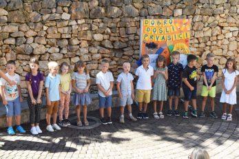 Učenici jednog od prvih razreda u Malom Lošinju / Foto Bojan Purić