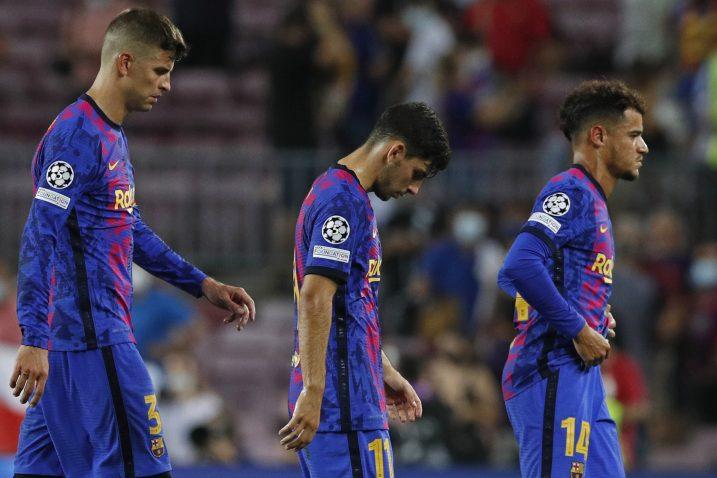 Gerard Pique, Yusuf Demir i Philippe Coutinho/Foto REUTERS