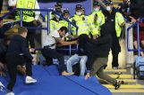 Sukobi navijača Napolija i Leicestera/Foto: REUTERS