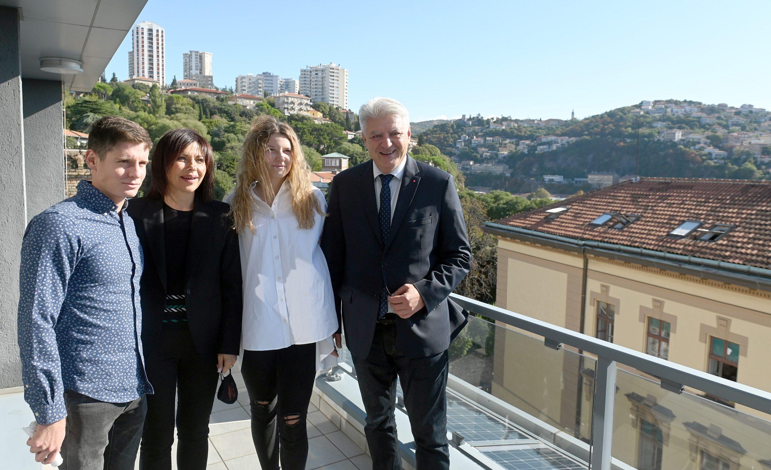 Antonio Franko i Laura Štefanac sa županom Komadinom/Foto V. KARUZA