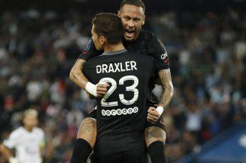 Julian Draxler slavi s Neymarom/Foto: REUTERS