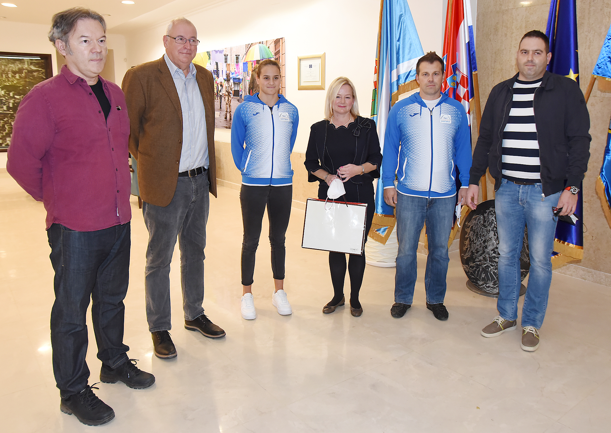 Sandro Bastiančić, Zdravko Ivanković, Meri Mataja, Sandra Krpan, Dalibor Krebelj i Filip Gajski/Foto S. DRECHSLER