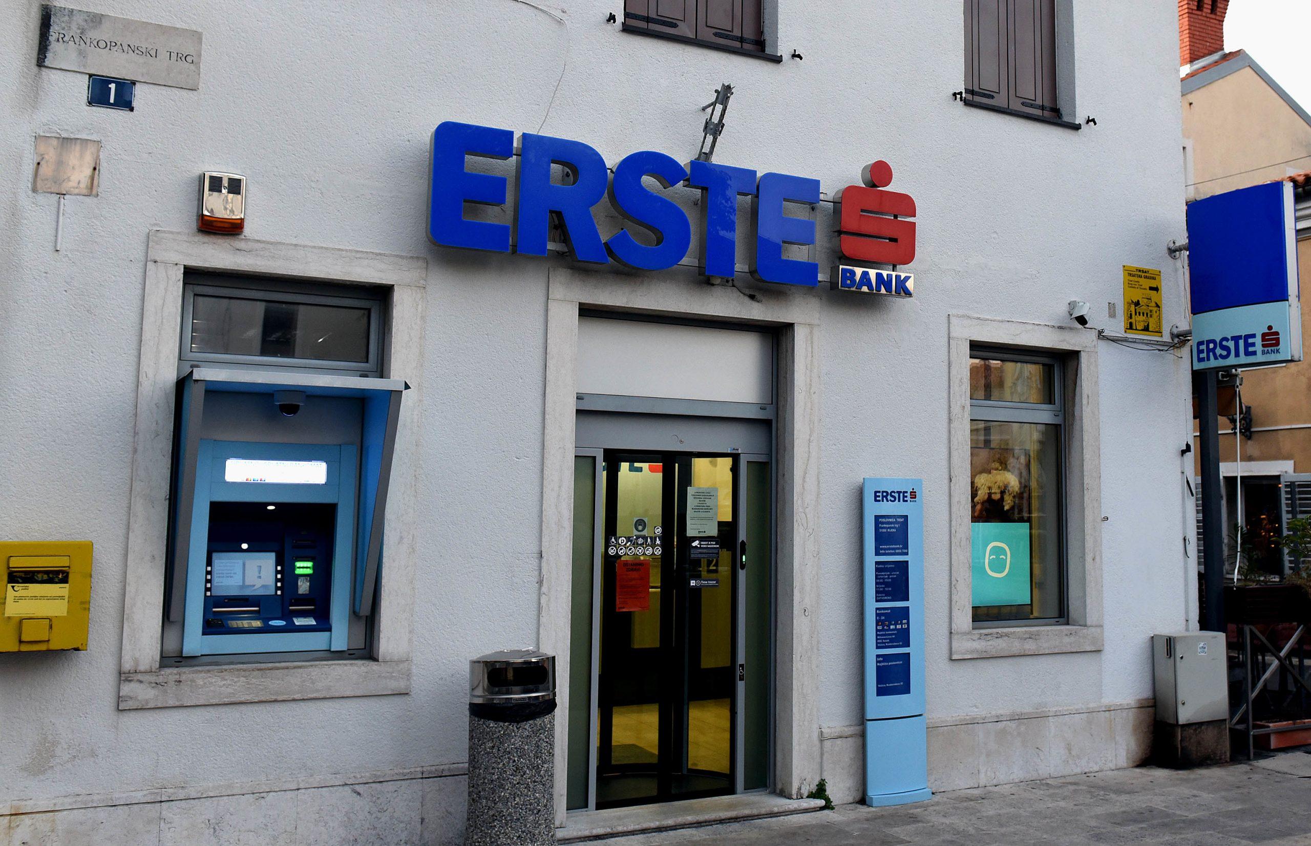 Poslovnica na Trsatu će se zatvoriti, no bankomat će ostati, baš kao i u slučaju druge dvije poslovnice koje se zatvaraju / Foto M. GRACIN